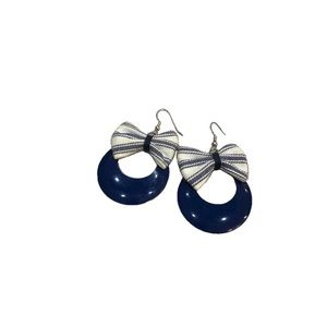 Vintage Blue Bow and Circle Earrings (m)